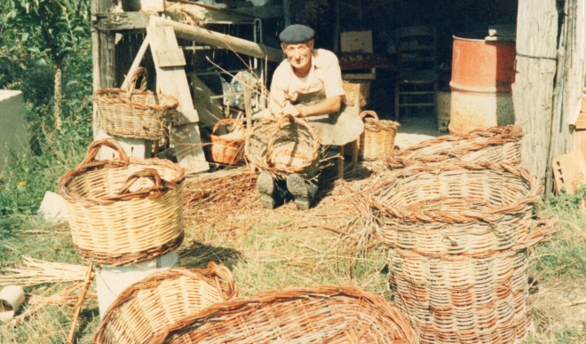 Pietro weaving his baskets