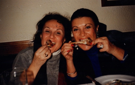 Those Italian ladies  hate to wash forks