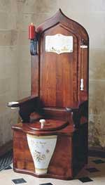 wooden-throne-toilet