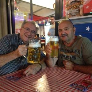 jorge-and-ricardo-drinking-beer-1